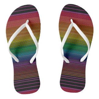 chinelos pretos do arco-íris