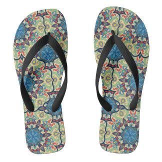 Chinelos Teste padrão floral étnico abstrato colorido de da