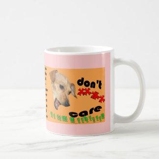 Chiweenie não se importa caneca de café