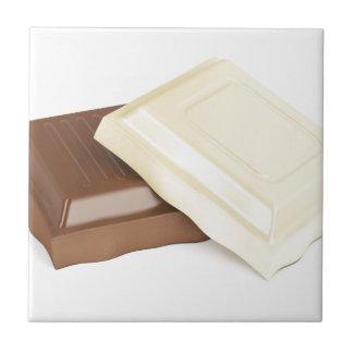 Chocolate branco e marrom