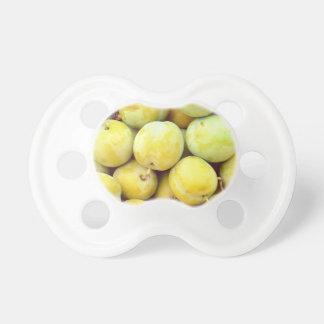 Chupeta Ameixas amarelas macro