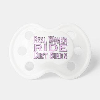 Chupeta Bicicletas da sujeira do passeio das mulheres