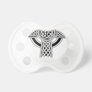 Chupeta Cruz celta