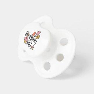 Chupeta Design bonito da menina do aniversário para o ø e