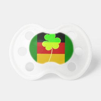 Chupeta Divertimento alemão irlandês de St Patrick do