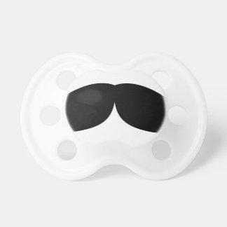 Chupeta moustache