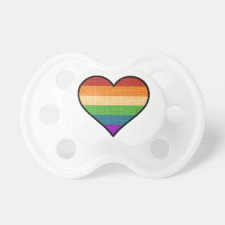 Chupeta O amor de LGBT é coração do arco-íris do amor