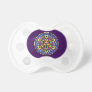 Chupeta O cubo Merkaba de Metatron na flor da vida