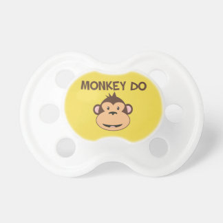 Chupeta O macaco faz o Pacifier