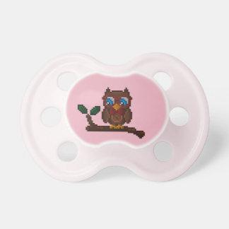 Chupeta Pacifier de 8 bits do bebê da coruja - rosa
