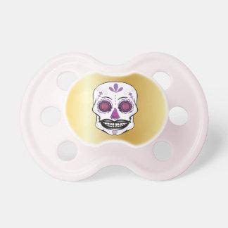 Chupeta Pacifier roxo do crânio dos doces do ouro