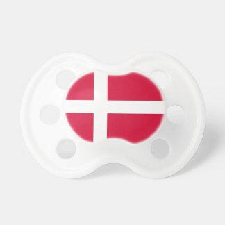 Chupeta Símbolo da bandeira de país de Dinamarca por muito