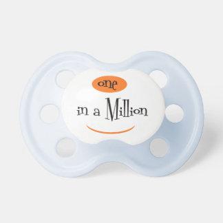 Chupeta UM em um MILLION2 BooginHead® CustomPacifier 0-6 M