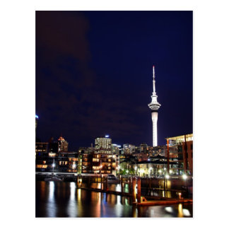 Cidade de Auckland, Nova Zelândia na noite Cartão Postal