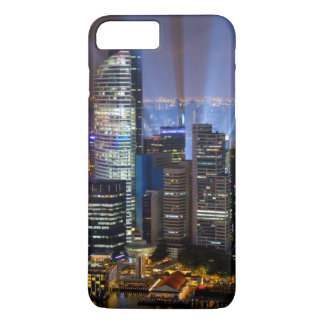 Cidade do centro de Singapore na noite Capa iPhone 8 Plus/7 Plus