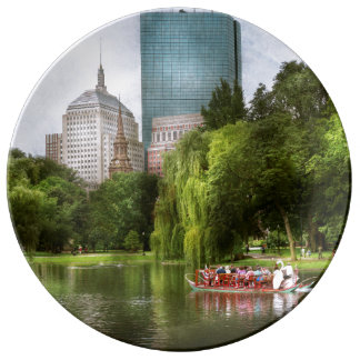 Cidade - mães de Boston - jardim público de Boston Prato De Porcelana