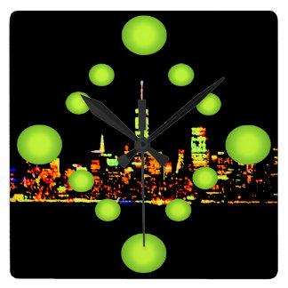 Cidade New York da noite do pop art NYC Relógio Quadrado