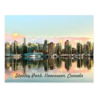 Cidade no cartão da água cartão postal