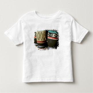 Cilindros cinzelados mão, Livingston, Zâmbia Tshirts
