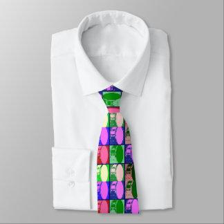 Cilindros na gravata do pop art