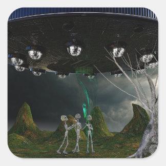 Cinzas e de trabalhos de arte do UFO etiqueta