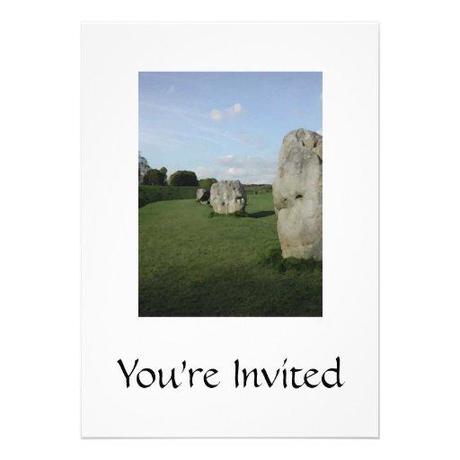 Círculo de pedra antigo. Avebury, Wiltshire, Ingla Convite