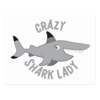 círculo louco da senhora do tubarão cartão postal