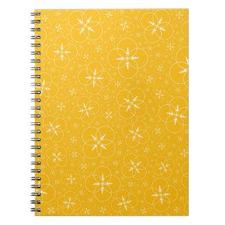 Círculos amarelos da colheita caderno