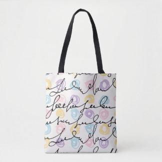 Círculos coloridos feitos mão e letras bolsa tote