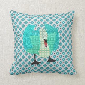 Cisne ostentoso mim travesseiro azul de Mojo