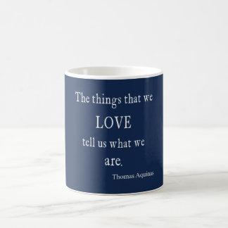 Citações/citações azuis do amor de Monaco Aquinas  Caneca