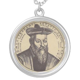 Clássico de Nostradamus Colar Banhado A Prata