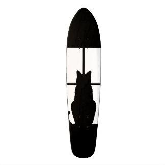 Clique do gato preto da janela para personalizar shape de skate 21,6cm