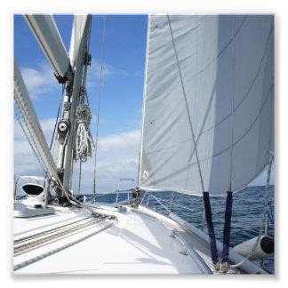 Close up branco da plataforma do veleiro impressão de foto