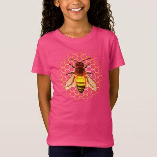 Close up da abelha de trabalhador na colmeia camiseta