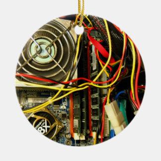 Close up dos eletrônicos do mainboard do ornamento de cerâmica redondo