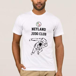 Clube do judo de Neyland que treina a camisa de T