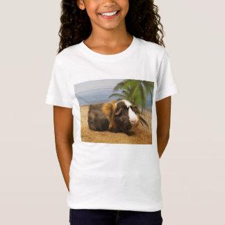 Cobaia sob a camiseta da palmeira