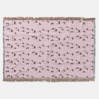 Cobertor Cobertura do lance dos flamingos do vôo (rosa
