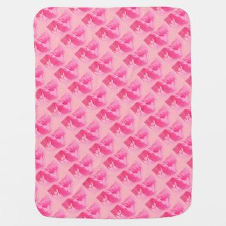 Cobertor De Bebe Fim-acima cor-de-rosa das folhas e da flor do