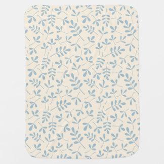 Cobertor De Bebe Folhas Assorted azuis no teste padrão de creme do