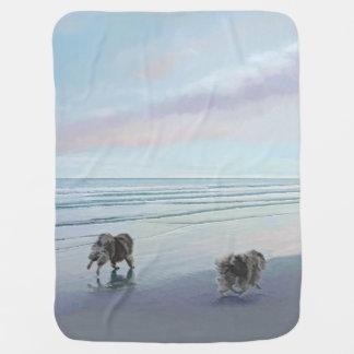 Cobertor De Bebe Keeshonds na arte do cão da pintura do litoral