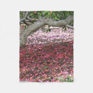 Cobertor De Velo Abaixo das árvores do Plumeria