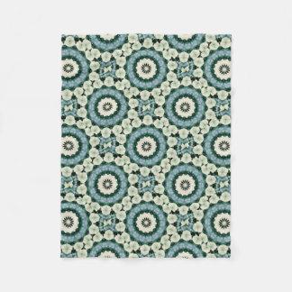 Cobertor De Velo Azul Cerulean e mandala verde de Sacramento