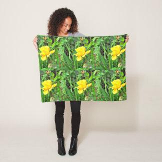 Cobertor De Velo Botão do rosa amarelo no travesseiro verde do velo