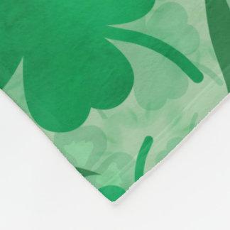 Cobertor De Velo Campo verde do trevo, quatro trevos da folha,