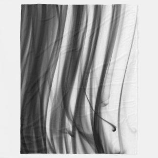 Cobertor De Velo Cobertura preta do velo do fogo III por C.L. Brown