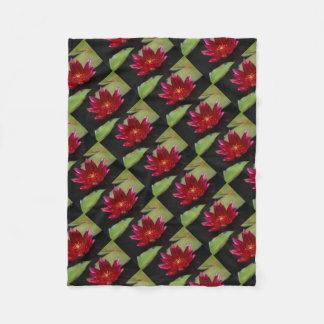 Cobertor De Velo Lotus magenta Waterlily
