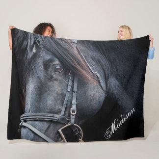 Cobertor De Velo O cavalo preto adiciona uma cobertura conhecida do