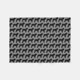 Cobertor De Velo O DES Flandres de Bouvier mostra em silhueta o